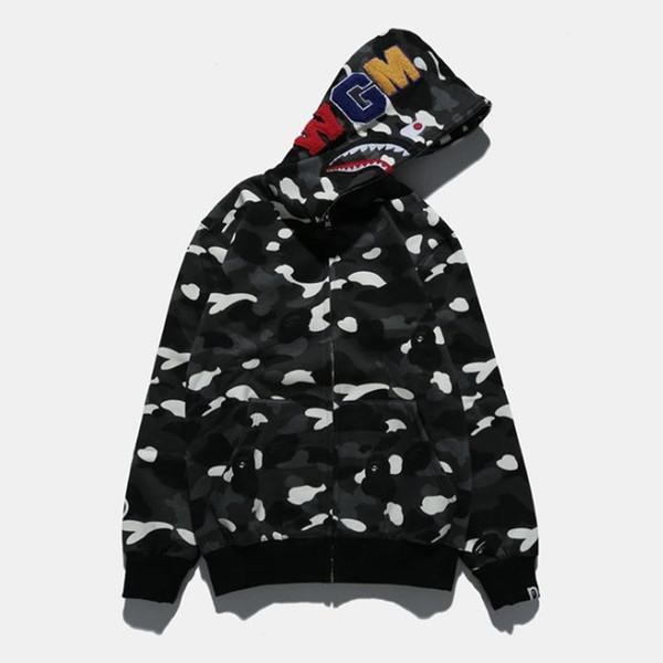 2018 Hooded Sweater Street Hip Hop Night Light Camouflage Hoodie Sweater NEW Tide Brand Shark Head Spot Starry Coat Couple New Arrivals
