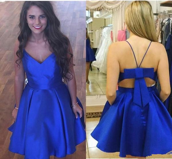 Bleu royal pas cher robes de soirée col en V dos unique Design Satin Une ligne arcs courte Prom Graduation robes de soirée robes de soirée Nouveau