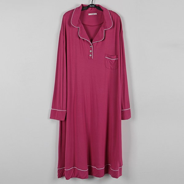 Rose red sleepwear