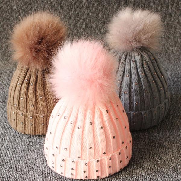 Baby Knitted Diamonds Hats Fur Pom Pom Beanie Shinning Bling Bling Bobble Crochet Caps Winter Infant Kids Boy Girl Designer Accessories