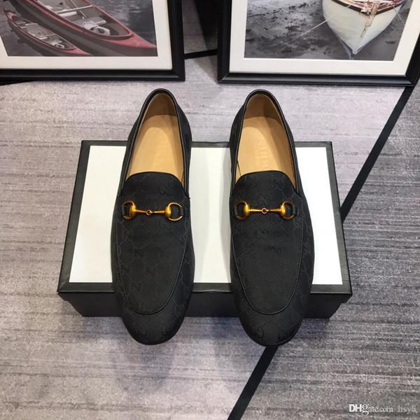 Tamanho 38-45 Com Caixa Homens Sapatos de Luxo Sapato Oficial Sapatos de Patente Sapatos de Plataforma Mocassin Botão de Metal Presente Preto Marrom
