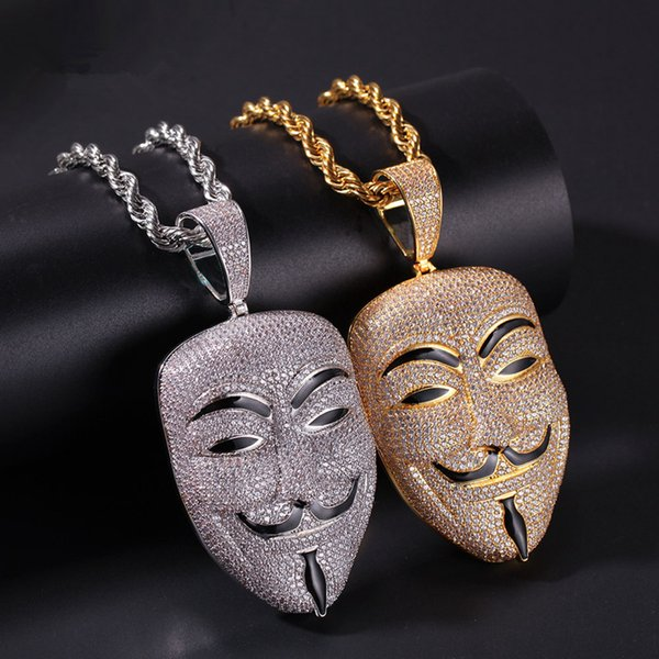 Película American V de Vendetta carácter de máscara cabeza colgante de collar de piedra circón para hombre hacia fuera helado colgante de oro de latón Hiphop RRA2023 joyería