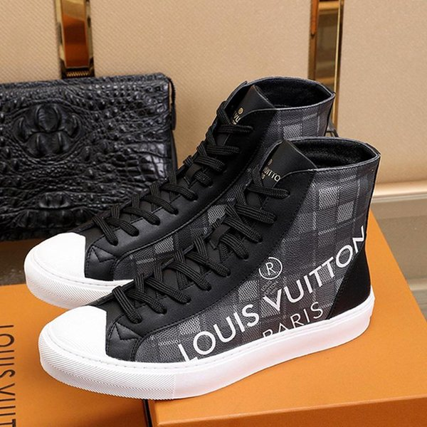 best service on feet at on sale Louis Vuitton LV High Quality Men Shoes Sneakers With Box 2020 ...