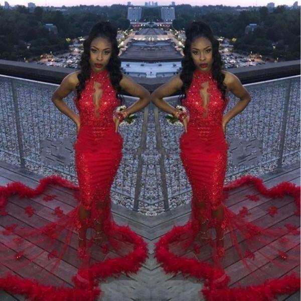 Barato Vermelho Africano 2K19 Sereia Vestidos de Baile de Penas de Lantejoulas Sexy Sereia Vestido de Noite Contagem de Trem Ver Através de Cocktail Sem Encosto Vestidos