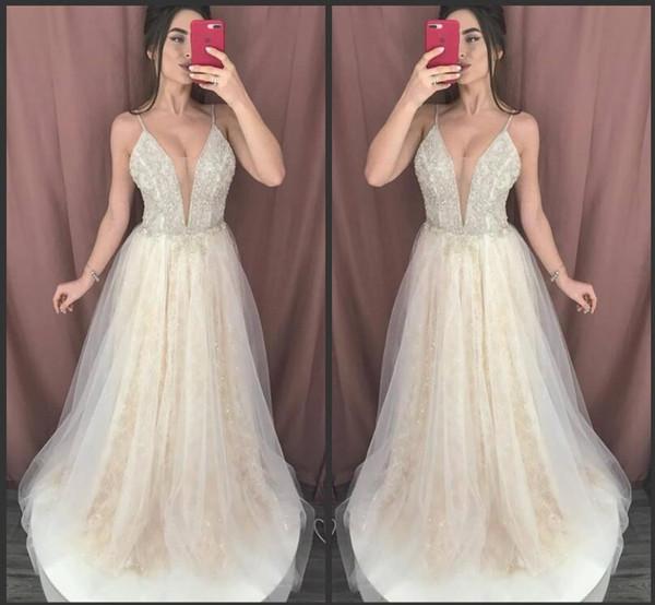 Une Ligne Tulle Sexy Pas Cher Nouvelles Robes De Bal Longues 2019 Plus La Taille Des Robes À Paillettes Robes De Soirée Des Robes De Soirée