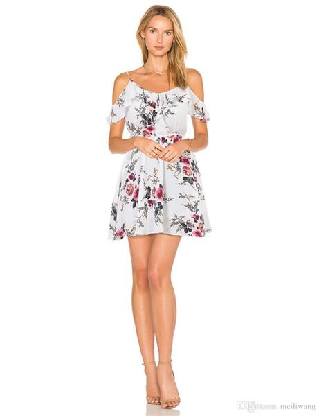 vente en gros été imprimé floral femmes en mousseline de soie robe blanche à volants épaule spaghetti sangle tunique femme fille robes de plage occasionnels