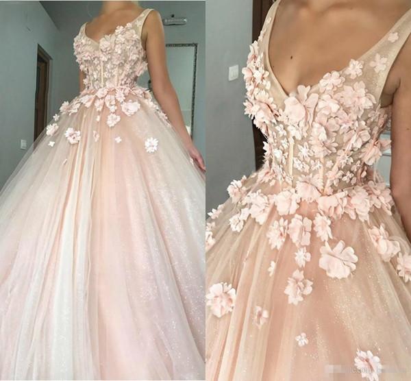 Blush Pink Cinderella Sweet 16 Vestidos de Quinceañera 3D Flores hechas a mano Ilusión Bling Bling Lentejuelas Piso Longitud 2019 Vestido de fiesta Vestido de fiesta