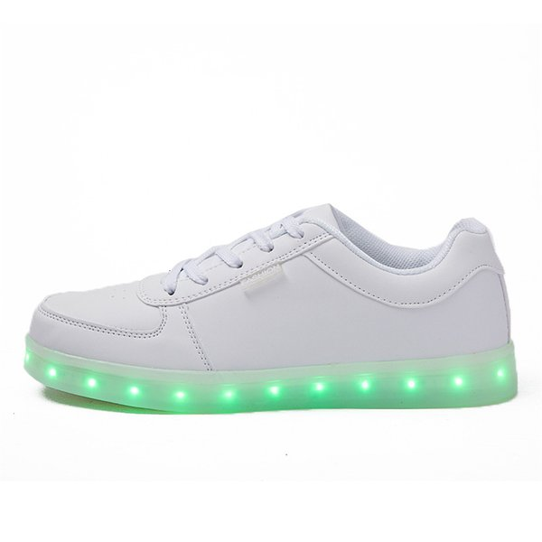 Männer Frauen USB-Ladegerät Led-Licht Schuhe Unisex Casual Sport für Kinder Erwachsene Mode Jungen Mädchen Turnschuhe Schnüren Schuh