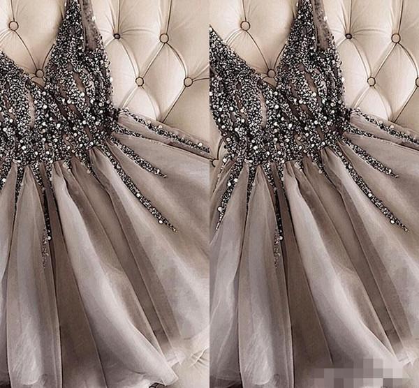 Lüks Boncuklu Kristal Mezuniyet Elbiseleri V Boyun Sapanlar Gri Custom Made Artı Boyutu Diz Boyu Üstü Bir Çizgi Kokteyl Parti Balo Elbisesi