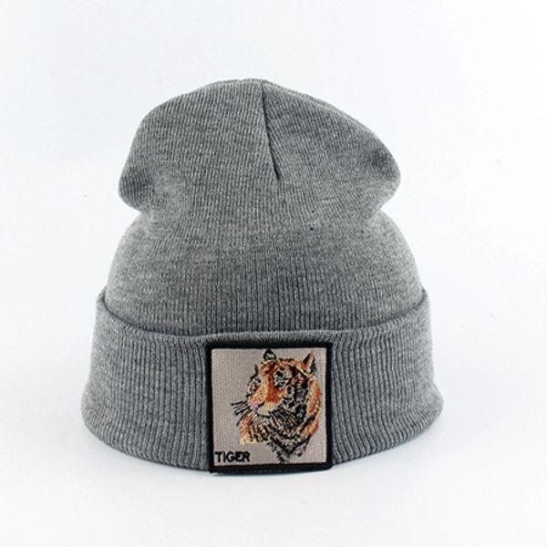 тигровый серый