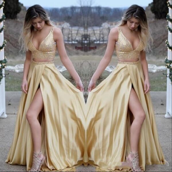 Sexy Gold Dos piezas Satin V Neck Largos vestidos de fiesta Corte de corte Tren Vestidos Ropa de noche 2019