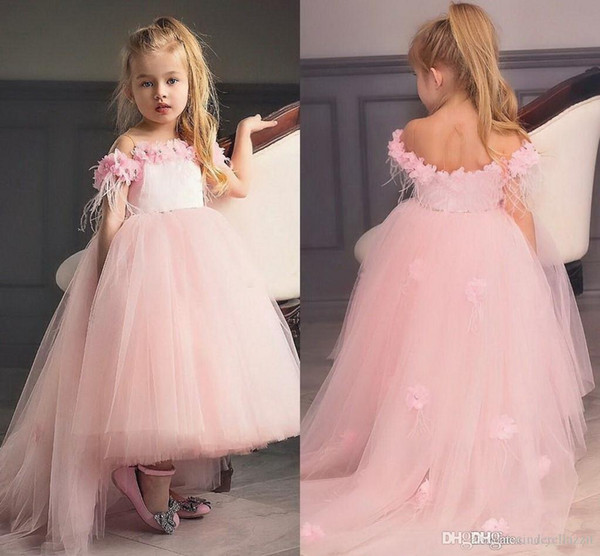 b4c885054ec Lace 2019 Flower Girl Dresses Short Sleeves Little Girl Wedding Guest  Dresses Vintage Pageant Party Gowns