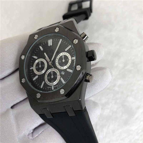 2020 Nouveau cadeau de luxe Montre homme quartz Mens Watch 43mm Bracelet en silicone sport militaire Montre Montre