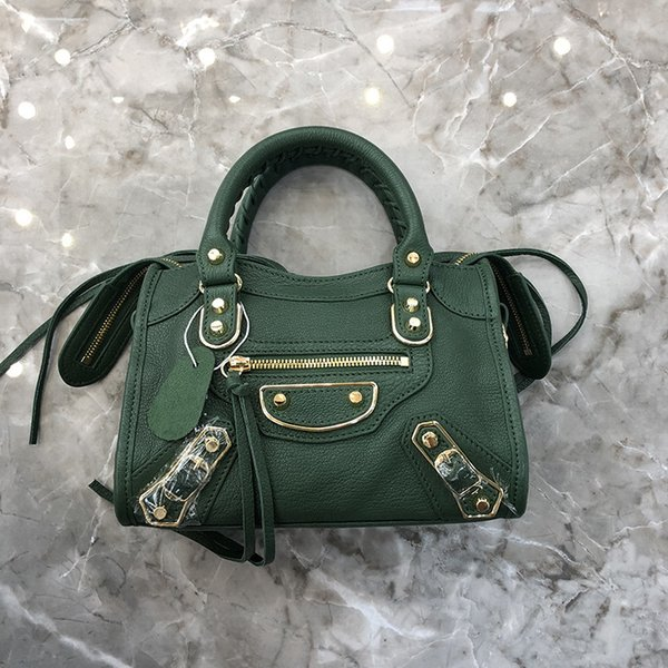 23 cm verde escuro