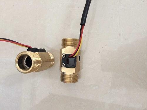 "Freeshipping 3/4"" DN20 flow rate 2-45L/min water Brass Hall Turbine flow sensor meter switch"