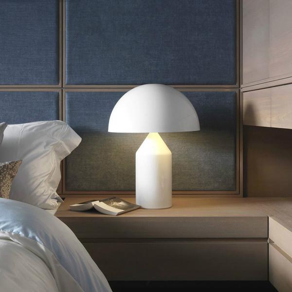 Postmodern minimalist ışık yatak odası çalışma masa lambası İskandinav kişilik yaratıcı mantar masa lambası 90 v '260 v