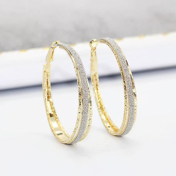 10pair / lots Nouveau produit Unique Femmes Fashion Mill sable boucles d \ 'oreilles Engagement Mariage Jewerly Ms cadeau 2 couleur