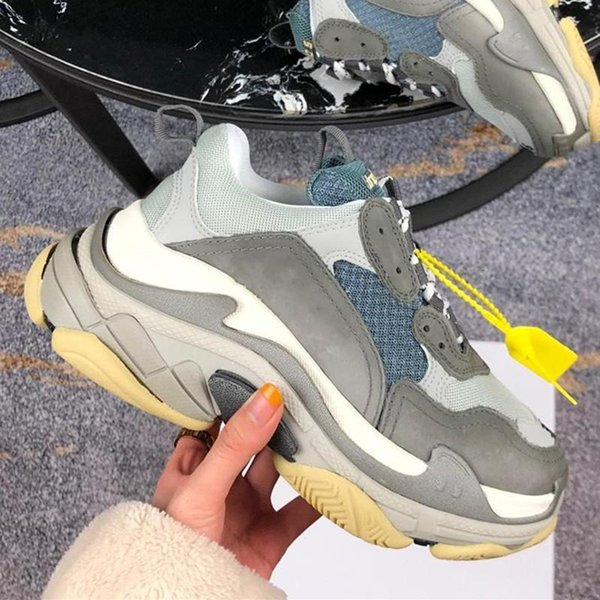 Classic Fashion Triple S Track Sneakers Mens Oversize Trainers Luxury Women Climbing Sneaker Designer Lovers Outdoor Shoes with Box
