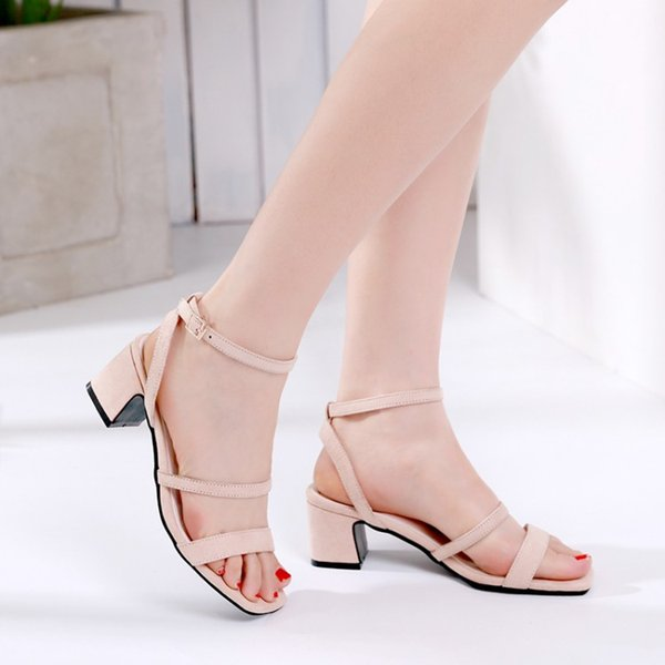 Wholesale Fashion Summer Block Low Heel Buckle Strap Fashion man made Leather Sandals Women and Ladies Summer Factory chunky low heel shoes