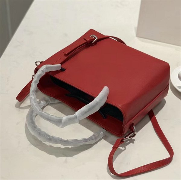 Designer Shoulder Bag Women's Bags Luxury Handbag Fashion Good Match Small Square Bag Bucket Letter Lady Oblique Span Portable Small