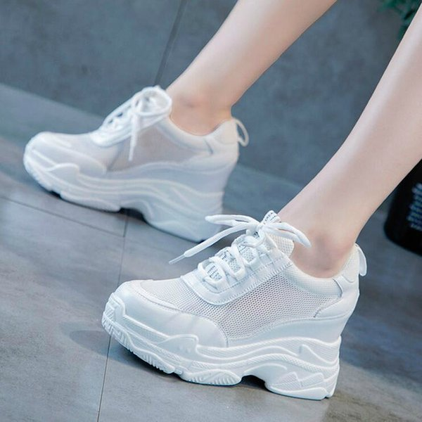 2019 NOUVELLE Hauteur Augmentant Designer Casual Chaussette Chaussures Femme High High Sneakers Femmes Plate-forme Chaussures Lettre Femme Appartements 35-39 W3
