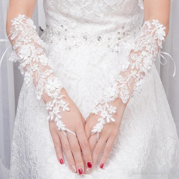 2019 Hot Günstige White Fingerless Applique Lace Lange Braut Hochzeit Handschuhe Hochzeit Zubehör Über Ellenbogen Länge