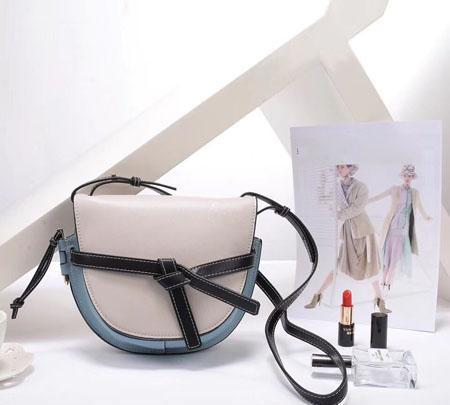Высокая экономичность кроссбоди женщины мода натуральная кожа сумки на ремне лаконичные случайные седла
