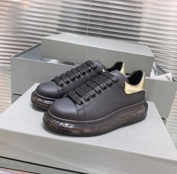 Nagelneuer Art-beiläufiger Großhandelsschuh-Mann-Frauenfarbe Kristallluftkissensohle Turnschuh-Weiß-Schwarz-Plattform-niedriger Schnitt-Modedesigner uu10