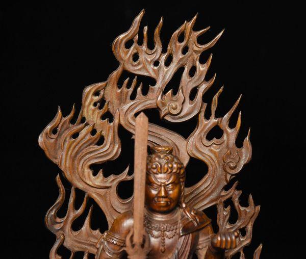 купить оптом рождество китай самшит деревянный резной фудо мье о тот самый демон протектор божество статуя будды новый год отlianglei0615 в