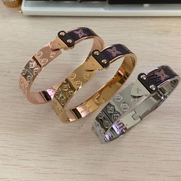 Top quality 316 L Stainless Steel fashion Jewelry arrow leather bangles Design jewelry love Gold filled men women summer bangles 19cm