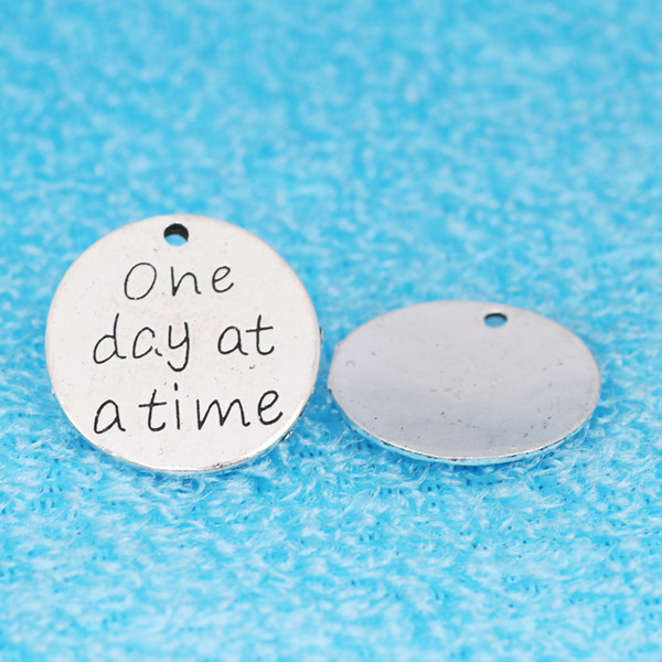 20pcs 23MM One day at a time charms Silver Engraving DIY Jewelry Hanging Parts Embossed Round Card pendant