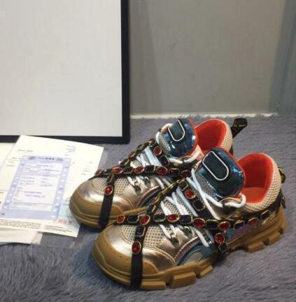 Nuevo Diseñador Zapatos casuales Cinturón de diamantes Zapatos Zapatos casuales de cuero completo Botas de trekking con cordones Zapatillas de cuero genuino 30