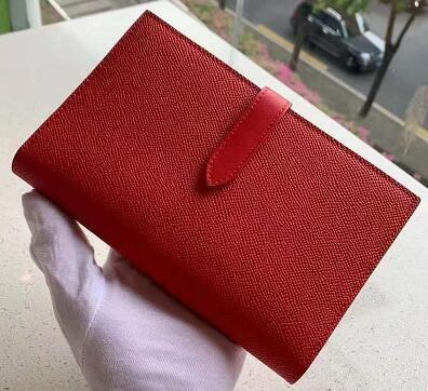 Entwurf 1 Rot