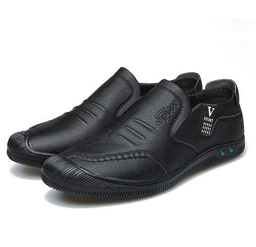 2019 Nuove scarpe da uomo Casual Brand Slip On Scarpe casual Uomo Mocassini Mocassini in vera pelle marrone Scarpe da guida