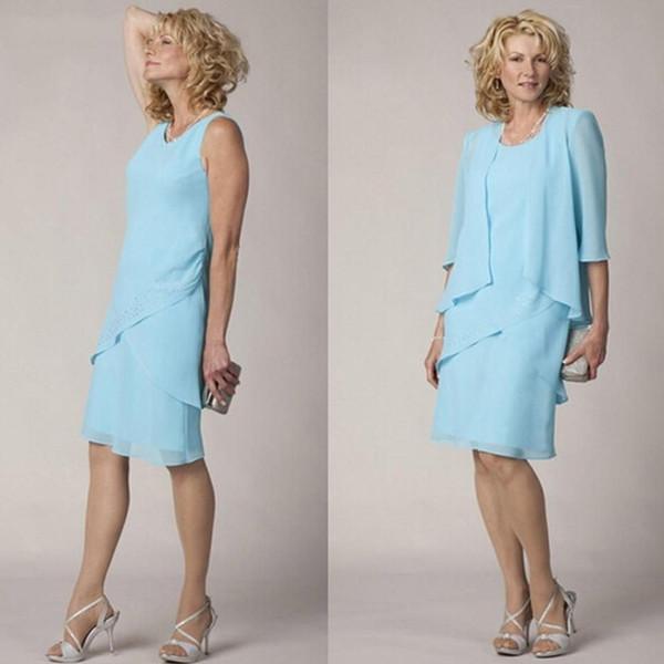 Длина колена Короткие Небесно-голубой 2020 Мать невесты платья с курткой простой формальной многоуровневого Матери жениха платье Плюс Размер