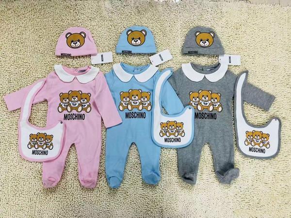 Yenidoğan Moda Bebek Giysileri set Sevimli Bebek Bebek Erkek Mektup Romper bebek kız önlükler Kap Kıyafetler Set