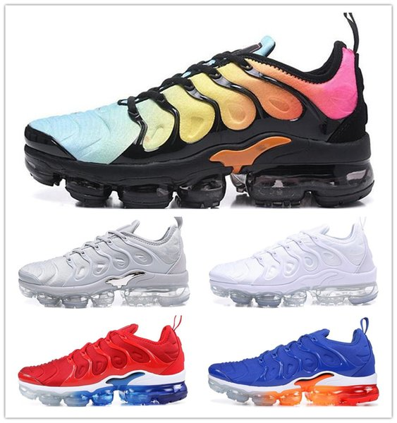 Hot Sale 2018 New Vapors TN Plus Men Women Cushion Running Shoes In Metallic Colorways Male Pack Triple White Black Sports Trainers Sneakers