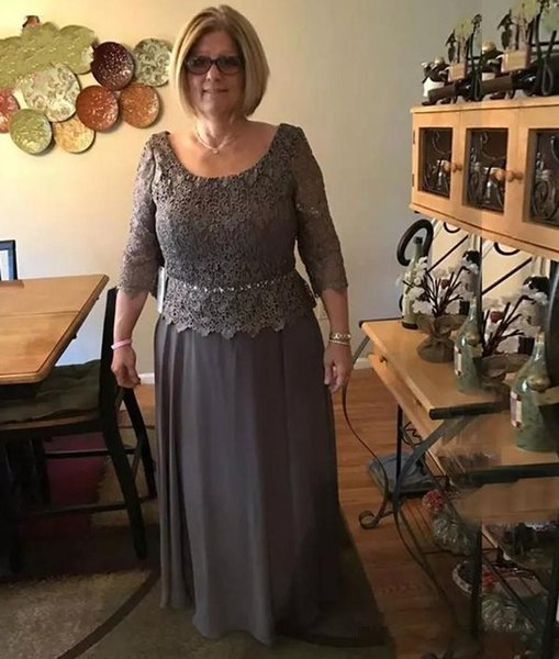 Modest Dark Gray Mother Of Bride Groom Dresses A line Scoop Neck Long Sleeve Appliqued Mother Evening Gowns Plus Size Wedding Guest Dress