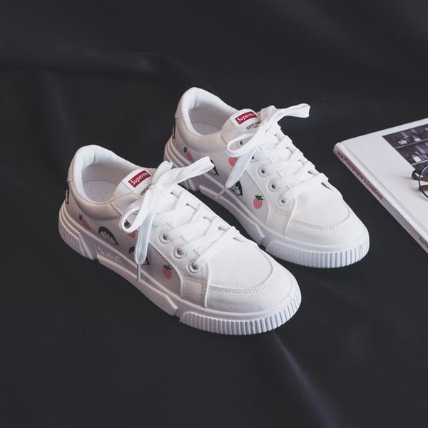 Mulheres sneakers 2019 recém-chegados moda lace-up preto / branco mulheres sapatos sólidos de costura rasa casual sapatos de lona mulheres