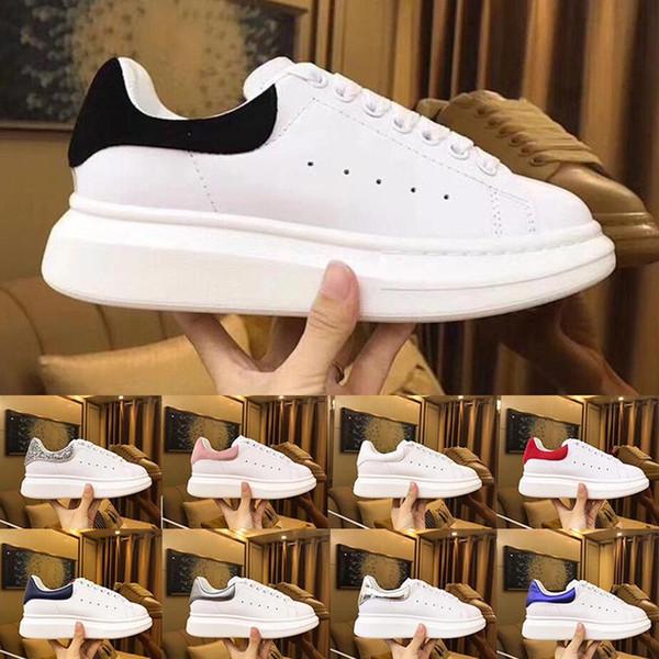 2019 Kadife Siyah Womens Chaussures Ayakkabı Güzel Platformu Rahat Sneakers Lüks Tasarımcı Ayakkabı Deri Katı Renkler Elbise Ayakkabı