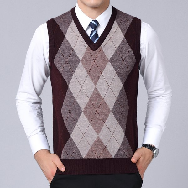 2019 New Fashion Brand Sweaters Mens Pullovers V Neck Slim Fit Jumpers Knit Sleeveless Autumn Korean Style Casual Men Clothes