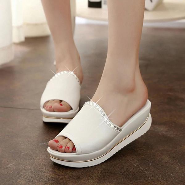 Chinelos de plataforma de verão mulheres sandálias de couro PU desliza sandálias sapatos cunhas sapatos de plataforma com