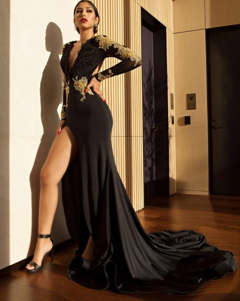Black Prom Dresses Mermaid V-Neck Long Sleeve Split Evening Gowns Gold Bead Lace Appliques Cocktail Party Ball Dress Open Back Formal Gown