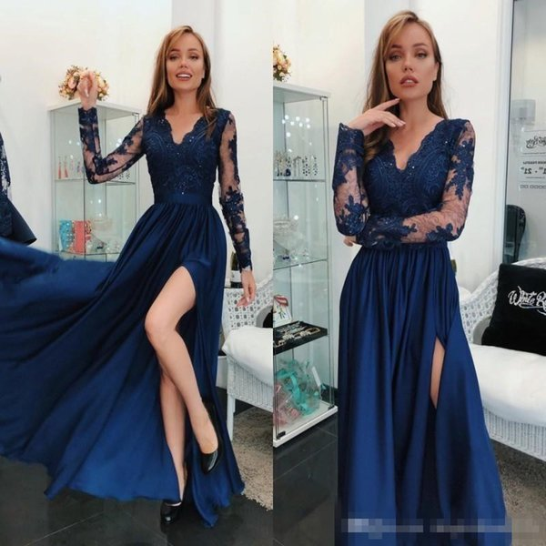 2019 Hot Navy Blue Prom Formal Holiday Dresses with Long Sleeve Modest V-neck Split Lace Matte Stain Plus Size Evening Wear Gown