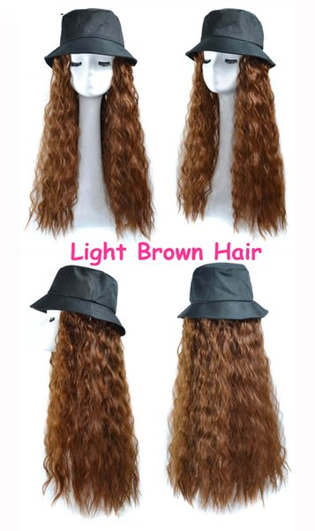 Pescador # 039; s sombrero de la luz cabello castaño rizado