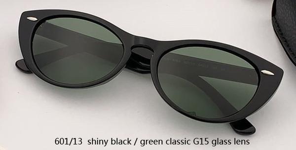 601/13 لامعة أسود / أخضر كلاسيكي G15