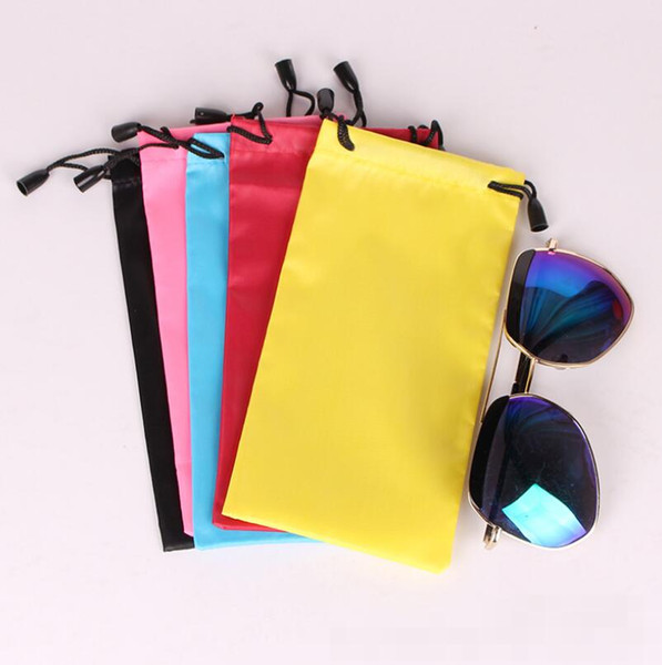 top popular High Quality Candy Color Plastic Sunglasses Pouch Soft Eyeglasses Bag Glasses Phone bags Drawstring Sunglasses Cases LX5173 2021