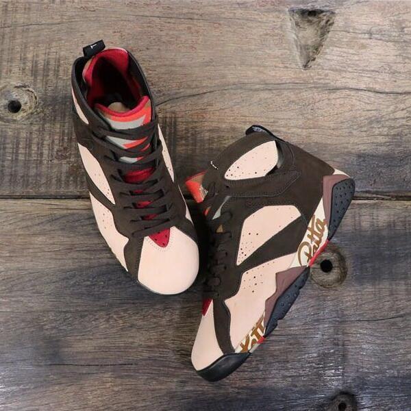 2019 Fashion with stock X Neuheiten 7 Patta AT3375-200 Markendesigner Herren Schuhe Basketball Schuhe Authentic Brown Sports Sneakers