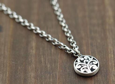 Taiyin Personality Round Carved Lady Aesthetic Small Pendant Pure Silver Jewelry Retro Necklace National Style Pendant