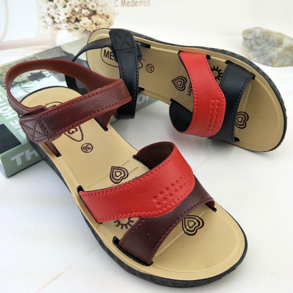 Sandálias 5050p A praia é legal chinelos Executar bancas do rio vendendo sandálias no atacado